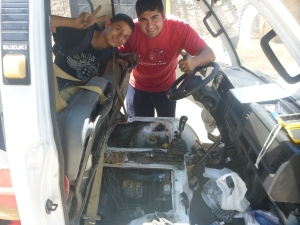 Two Amigos helped me fix the Van