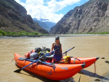 Lacey Anderson with NRS CoolCat on the Rio Marañon